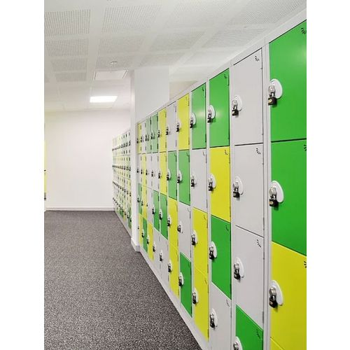 Metal storage for changing rooms (Per hole)