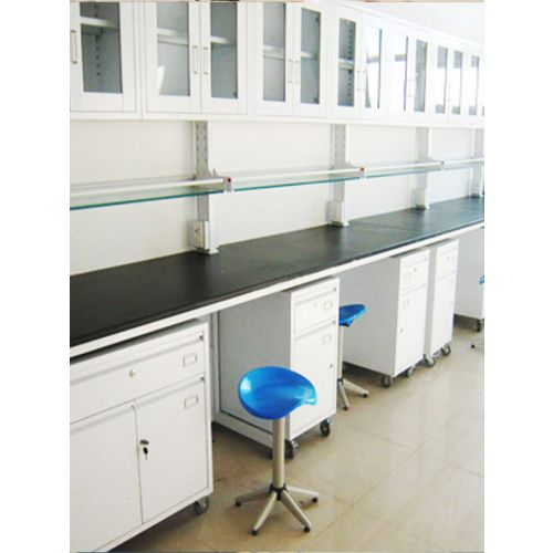 periphery PCMB lab with pedestal storage